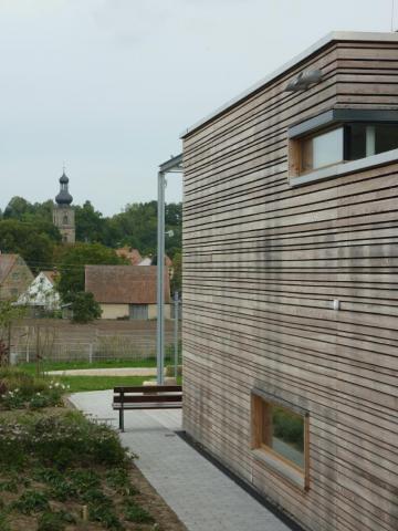 kita kinderhaus in uttenreuth seeberger friedl. Black Bedroom Furniture Sets. Home Design Ideas